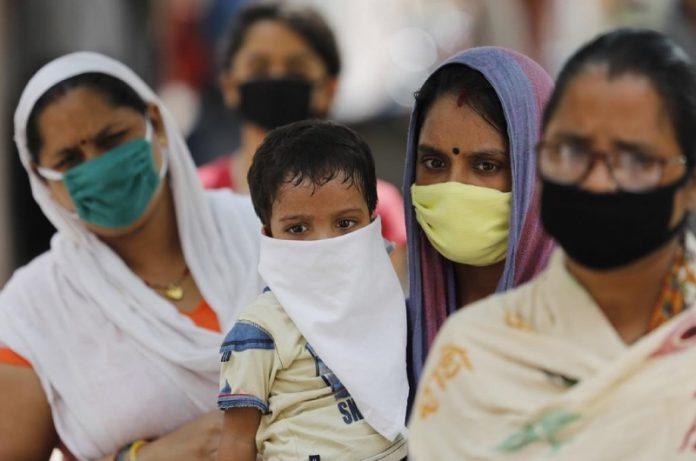 Se estima que este Febrero la mitad de la India ya podría estar infectada por Covid-19