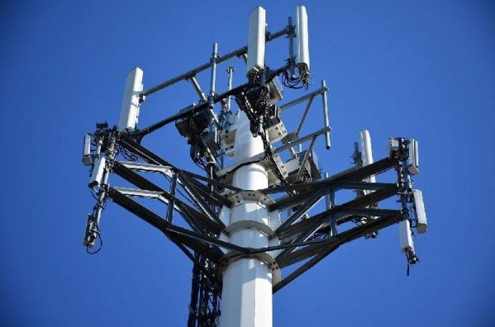 Red 5G: Francia pide apagar teléfonos en vuelos