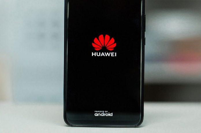 Huawei fabricará menos móviles, su producción al 60%