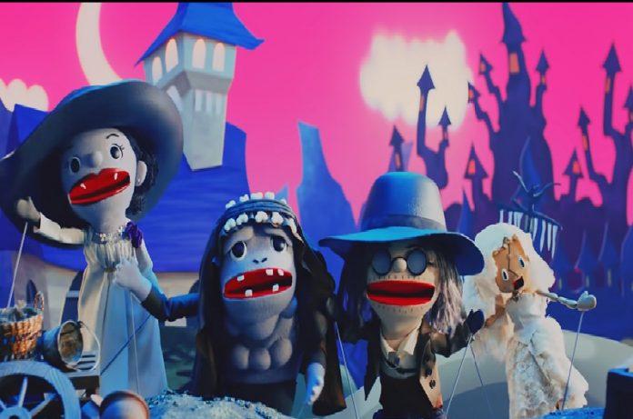 Resident Evil Village muestra marionetas de personajes