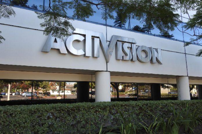 Activision-Blizzard es demandada por acoso y sexismo