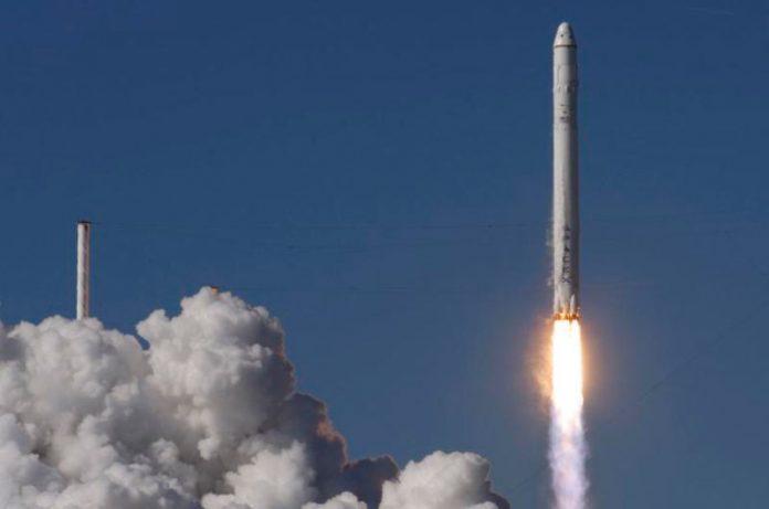 México y Rusia acuerdan una alianza en proyectos espaciales